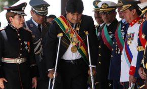 Evo Morales usará muletas por 4 semanas, tras operación exitosa