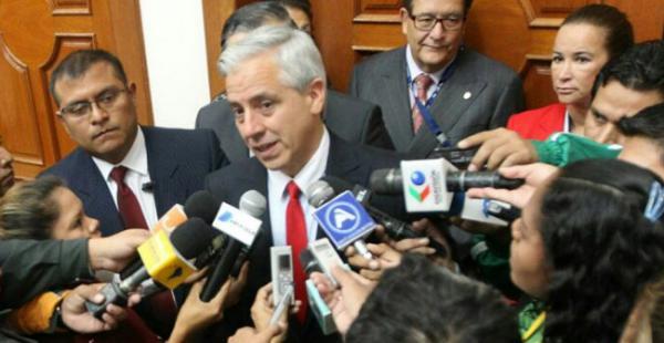 García dice que mentira ganó en el referendo