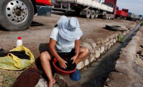 Alcaldía de Arica plantea solución temporal a transportistas bolivianos y ofrece terreno de 10 h para garajes