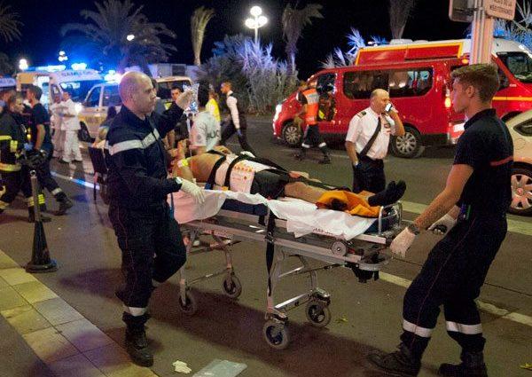 Atentado terrorista en la fiesta nacional de Francia