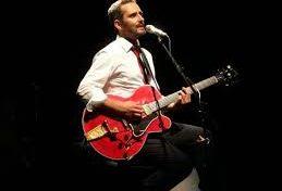 El cantautor uruguayo, Jorge Drexler, deleitó anoche al público paceño