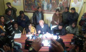 Chapetón retiró a subalcaldesa y vecinos del Distrito 8 levantaron los bloqueos