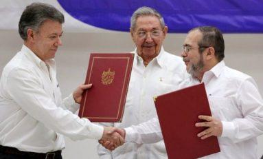 Gobierno colombiano y las FARC firman un nuevo acuerdo de paz