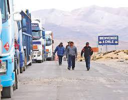 Canciller denuncia discriminación a transportistas bolivianos en la frontera con Chile
