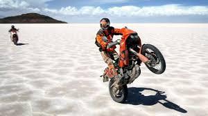 Competidores bolivianos para el Dakar 2017 fueron presentados