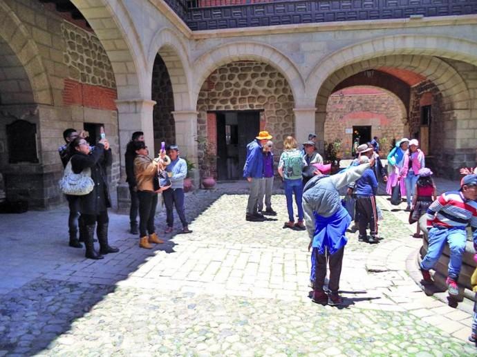 Crecen visitas a la Casa de la Moneda de Potosí