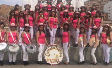 La primera banda de música integrada por mujeres en el carnaval de Oruro