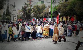 La ciudad de La Paz estuvo congestionado por movilizaciones de diferentes sectores sociales