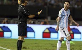 La FIFA suspende a Messi por cuatro partidos, no jugará frente a Bolivia