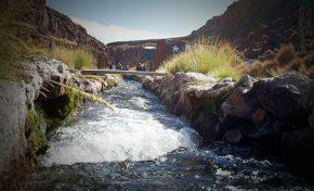 Chile contrata 20 personas para demostrar que el Silala es un río