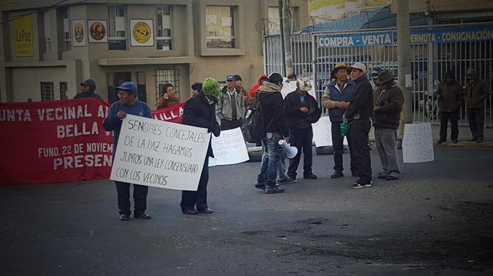 La ciudad de La Paz amaneció con algunos puntos de bloqueo