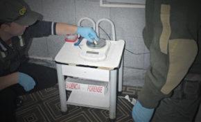 Interceptan a 3 bolivianos con 244 cápsulas de cocaína en el estómago; entre ellos, una mujer embarazada