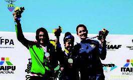 Castro gana medalla de plata en Asunción y rompe récord nacional