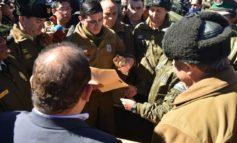 Carabineros detenidos ya están en Chile