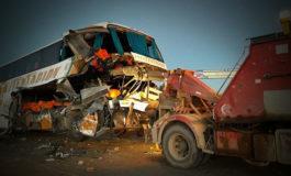 Accidente den la carretera Oruro - Potosi deja 15 heridos y un muerto