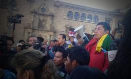 Achacachi: Esnor Condori sale en hombros luego de dictarle detención domiciliaria