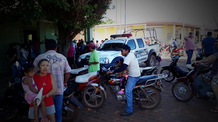 Pobladores de San Joaquin expulsan a comandante de la Policía