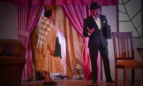 Rinden homenaje a cuatro figuras del teatro nacional