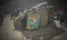 11 muertos deja el vuelco de un bus en la provincia Loayza de La Paz