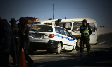 Un muerto y cuatro heridos en accidente en la carrera hacia Copacabana