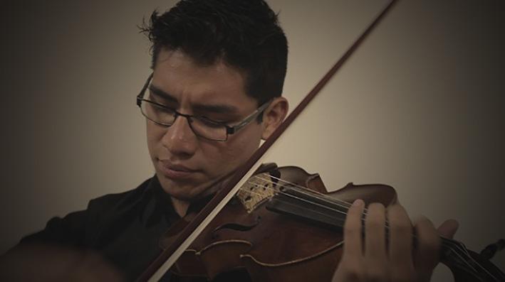 2 jóvenes bolivianos fueron aceptados por la Real Academia de Música de Londres