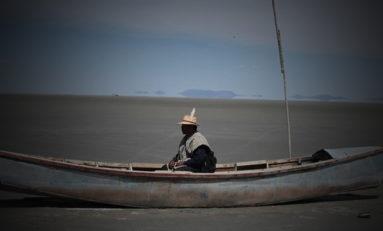 Afirman que lago Poopó se convierte en un manto de sal