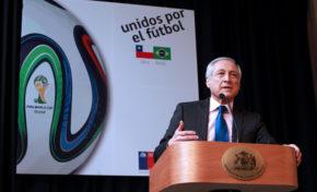 De Canciller a comentarista tras la derrota de Chile
