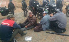 Policía interviene el bloqueo en Achacachi
