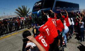 La selección chilena entrena en Calama pensando en Bolivia