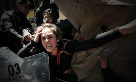 Tres activistas que apoyaban la vigilia de las mujeres de Achacachi fueron detenidos