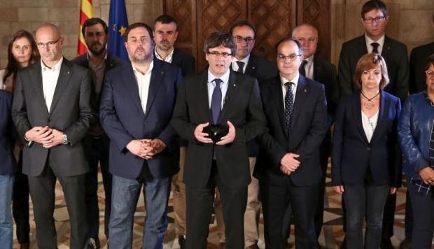 """Cataluña se proclama independiente tras lograr 90% de votos por el """"sí"""""""