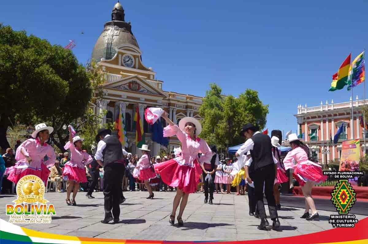 Se celebró el Día de la Cueca Boliviana