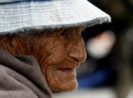 En Bolivia existen dos jubilados de 115 años que aún cobran su renta