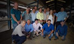 Bolivia busca en Tineo técnicas para mejorar su producción lechera