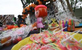 Golosinas y máscaras de Halloween que decomise la Intendencia serán destruidas