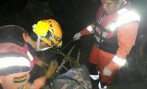 Tres muertos tras crecida de río en Taipiplaya - Caranavi