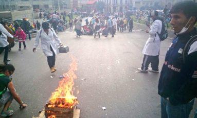 El Dakar ingresa a Bolivia en medio de protestas