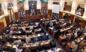 Diputados sesionarán el lunes para derogar los artículos 137 y 205 del Código Penal