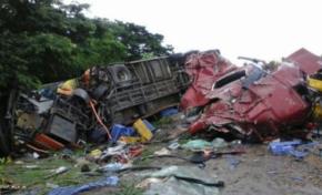 Muerte en las carreteras: 12 fallecidos y al menos 36 heridos en cuatro hechos de tránsito