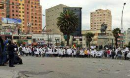 Colegios de Médicos rechazan pre acuerdo y Evo Morales dice que es tiempo de cambios duros