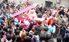 Con desentierro del Pepino, este domingo inicia el Carnaval en La Paz