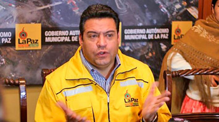 La Alcaldía de La Paz esboza la opción de ampliar la restricción vehicular