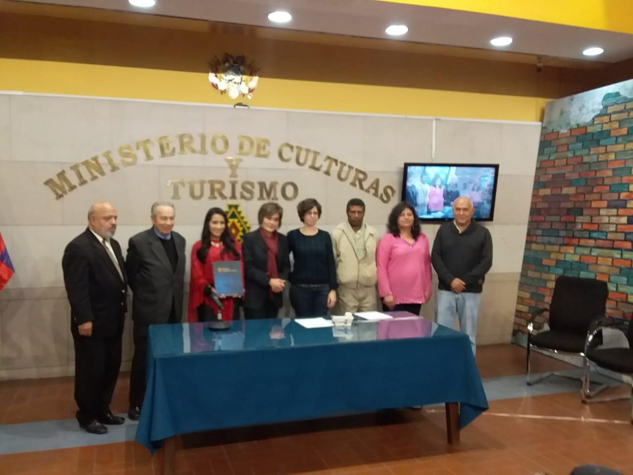 Ernesto Cavour Aramayo y Rubens Barbery Knaudt ganan el Premio Nacional de Cultura y de Gestión Cultural