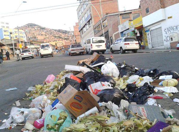 Mecapaca está dispuesta a ceder terrenos para el nuevo relleno sanitario paceño