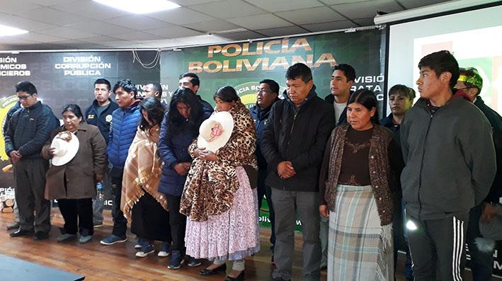 Fiscalía y policía aprehenden a diez personas por ingreso ilegal de medicamentos desde el Peru