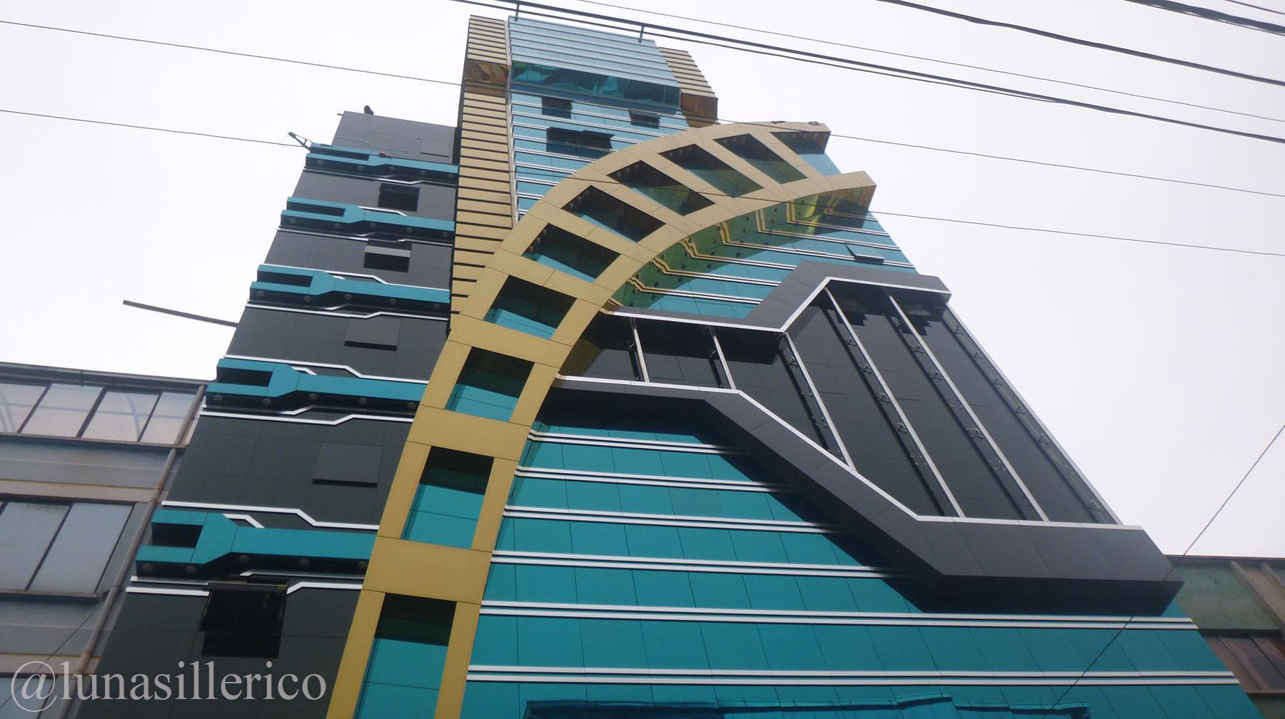 «Libertad», sueños plasmados en un edificio en la ciudad de El Alto