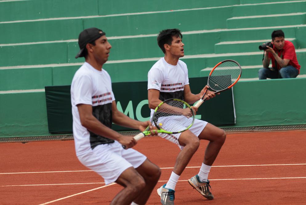 Tenistas bolivianos sacan victorias en el exterior