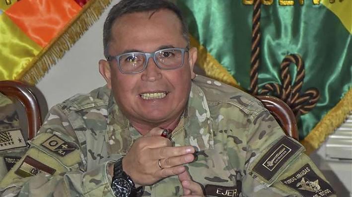 El Ejército obliga a Evo Morales a renunciar como presidente de Bolivia