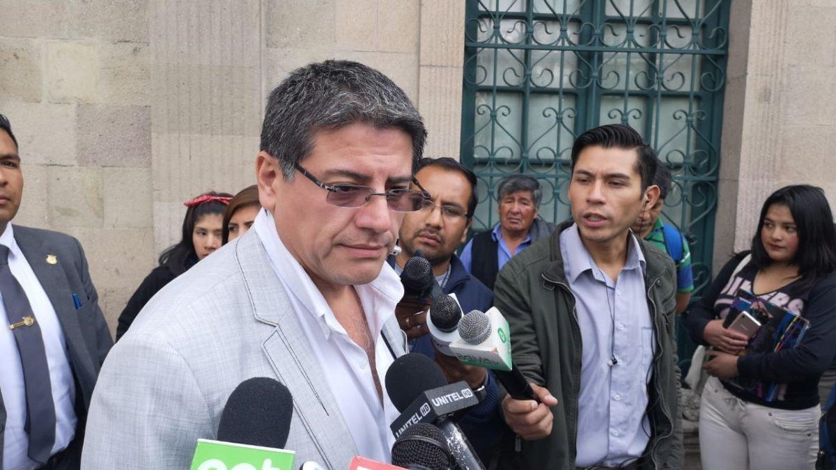 El Gobierno cree que Juan Ramón Quintana estará obligado a vivir en una embajada como lo hizo Roger Pinto