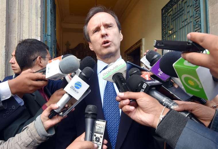 """Para """"evitar comprometer al Gobierno"""" Tuto Quiroga renuncia al cargo de Delegado Presidencial"""